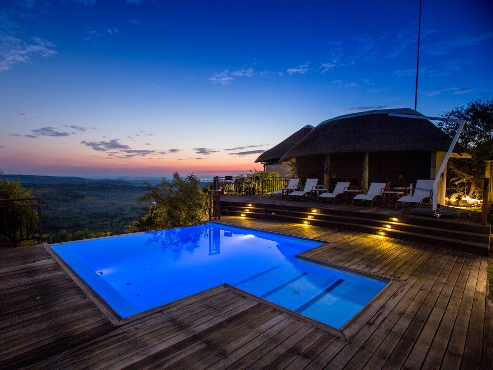Umzolozolo Safari Lodge